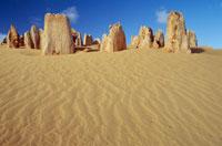 ピナクルズ ナンブング国立公園 25356001511| 写真素材・ストックフォト・画像・イラスト素材|アマナイメージズ
