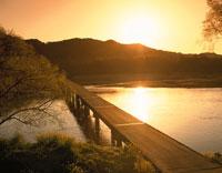 四万十川の朝      中村市 25360008028| 写真素材・ストックフォト・画像・イラスト素材|アマナイメージズ
