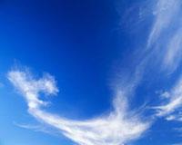 すじ雲 25372008529| 写真素材・ストックフォト・画像・イラスト素材|アマナイメージズ