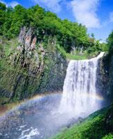 虹と賀老の滝