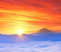 富士山と雲海と朝日 櫛形山