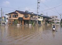 水害で水浸しの町