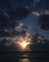冬の日本海 25387000891| 写真素材・ストックフォト・画像・イラスト素材|アマナイメージズ