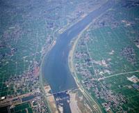 利根川と利根大橋