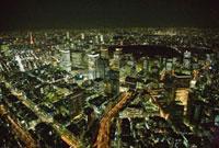 夜の日本橋より東京駅周辺
