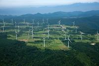 布引高原の風力発電施設群 空撮