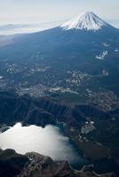 西湖周辺より富士山 空撮