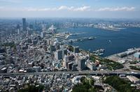 山下公園よりみなとみらいと横浜港