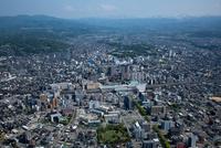 金沢駅と金沢市街地