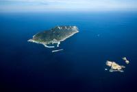 小屋島と沖ノ島と玄界灘 25397014260| 写真素材・ストックフォト・画像・イラスト素材|アマナイメージズ