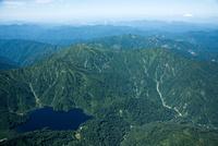 大鳥池、桝形山,化穴山周辺より村上市方面