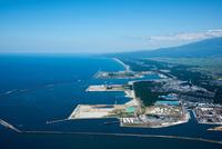 酒田港(北港)より防風林の海岸線
