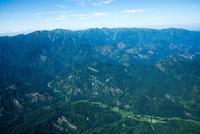 飯豊連峰(小国町周辺より飯豊山方面)磐梯朝日国立公園