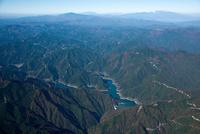 新豊根ダムとみどり湖周辺