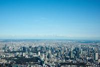 青空と東京の街並み(赤坂、六本木より千葉方面)