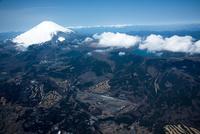 富士スピードウェイ周辺より富士山