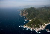 伊豆西南海岸の岸壁(波勝崎より堂ヶ島方面) 25397016582| 写真素材・ストックフォト・画像・イラスト素材|アマナイメージズ