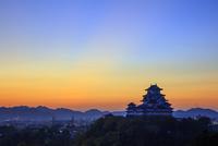 姫路城黎明  25488037428| 写真素材・ストックフォト・画像・イラスト素材|アマナイメージズ