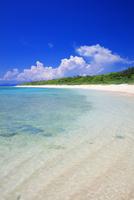 エメラルドグリーンの海と空 ペー浜 波照間島
