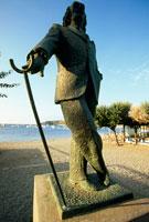 サルバドール・ダリの像