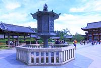 東大寺・金銅八角灯籠