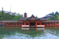 厳島神社・摂社客神社