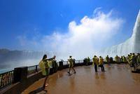 直下のナイアガラの滝