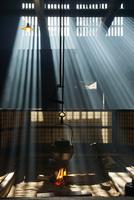 囲炉裏端 25813003073| 写真素材・ストックフォト・画像・イラスト素材|アマナイメージズ