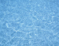 プールの波紋 25867004922| 写真素材・ストックフォト・画像・イラスト素材|アマナイメージズ
