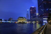 港澳客輪碼頭の夜景