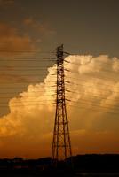 夕暮れの入道雲と鉄塔 25977009469| 写真素材・ストックフォト・画像・イラスト素材|アマナイメージズ