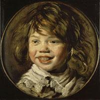 Jeune garcon riant