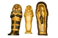 Cercueils miniatures gigognes du roi