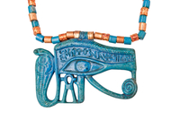 Collier pendentif avec l'oeil d'Horus (oudjat) de Toutankham 26004020420| 写真素材・ストックフォト・画像・イラスト素材|アマナイメージズ