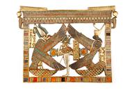 Pectoral avec les deesses Isis-Nekhbet et Nephtys-Ouadjet pr