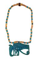 Collier avec pendentif en forme d'oeil oudjat avec uraeus dr 26004020500| 写真素材・ストックフォト・画像・イラスト素材|アマナイメージズ