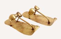 Paire de sandales du roi 26004020522| 写真素材・ストックフォト・画像・イラスト素材|アマナイメージズ