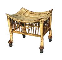 Tabouret du roi orne d'un decor de sema-taouy en ajoure