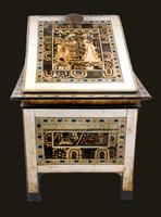 Coffret a couvercle plaque d'ivoire 26004020614| 写真素材・ストックフォト・画像・イラスト素材|アマナイメージズ