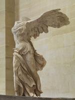 Victoire de Samothrace 26004021357| 写真素材・ストックフォト・画像・イラスト素材|アマナイメージズ