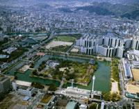 広島城 26058000483| 写真素材・ストックフォト・画像・イラスト素材|アマナイメージズ