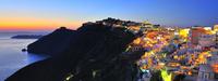 夕陽とサントリーニ島の夜景