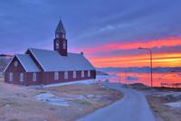 グリーンランドの教会 26082000453| 写真素材・ストックフォト・画像・イラスト素材|アマナイメージズ