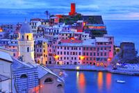 地中海のカラフルな街
