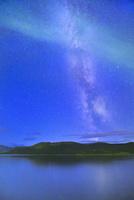 天の川とオーロラ