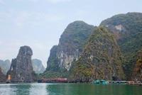 Halong Bay 26115007599| 写真素材・ストックフォト・画像・イラスト素材|アマナイメージズ