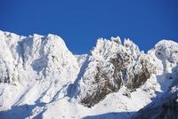 十勝岳温泉より望む初冬のカミホロカメットク山 26120041712| 写真素材・ストックフォト・画像・イラスト素材|アマナイメージズ