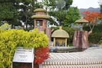 水木しげるロード 河童の泉 26120042605| 写真素材・ストックフォト・画像・イラスト素材|アマナイメージズ