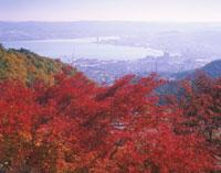 比叡山ドライブウェイからの大津市街 26121002753| 写真素材・ストックフォト・画像・イラスト素材|アマナイメージズ