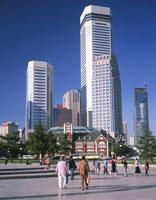 中山広場と遼寧省対外貿易公司 26121002946| 写真素材・ストックフォト・画像・イラスト素材|アマナイメージズ
